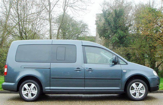 VW Caddy Life T Side 700 (1)