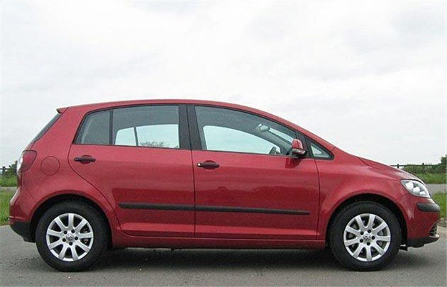 VW Golf Plus Side Red C 2006