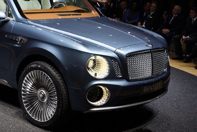 Bentley EXP 9F (11)