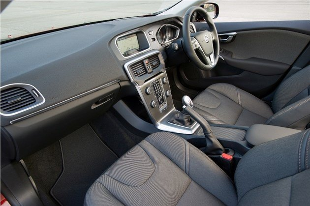 Volvo V40 Cross Country Cabin