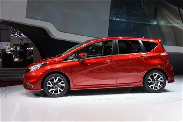 Nissan Note (2)