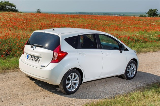 Nissan Note 2013 (10)