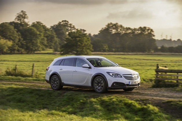Vauxhall Insignia Country Tourer (7)