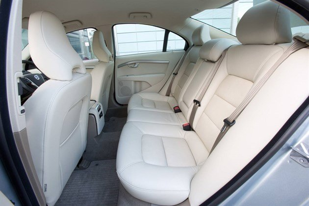 Volvo S80 D4 2014 Back Seat