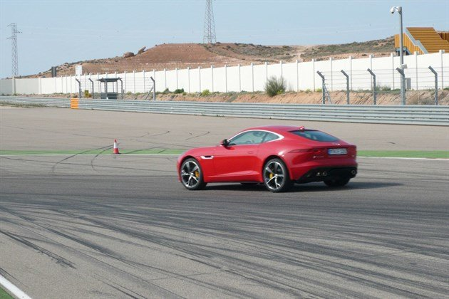 Jag F Type Cpe Red Track