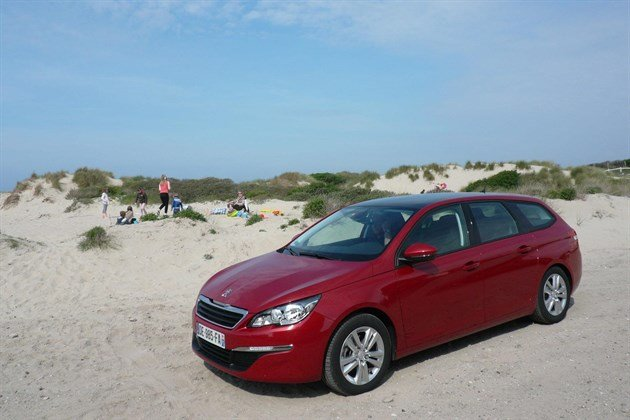 Peugeot 308 SW 2014 Red F34