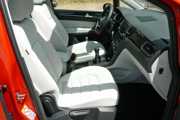 VW Golf SV Front Seats