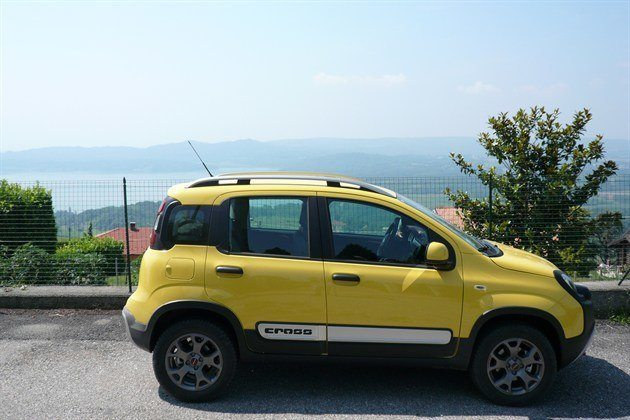 FIAT Panda Cross Side FR Lake