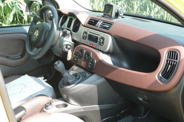 FIAT Panda Cross Cockpit