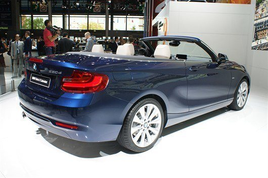 BMW 2-series Convertible -18666