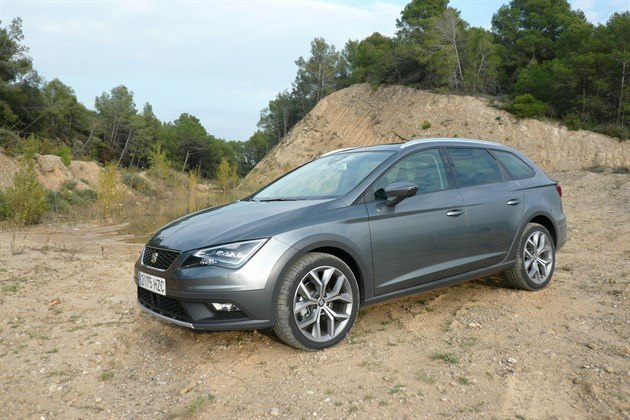 SEAT Leon XPERIENCE F34 Pond