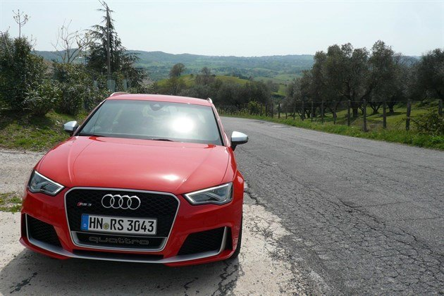 Audi RS3 Red F34 Hill