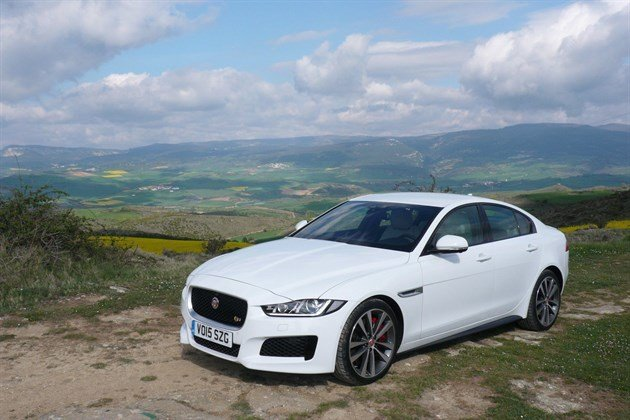 Jaguar XE F34 Long
