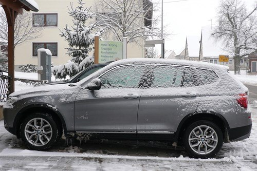 BMW F25 X3 T Side Snow 700