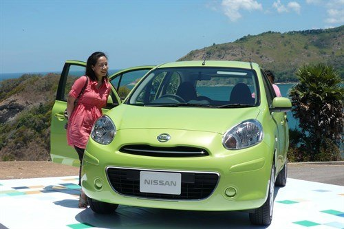Nis Micra K13 Green Girl HQ 700