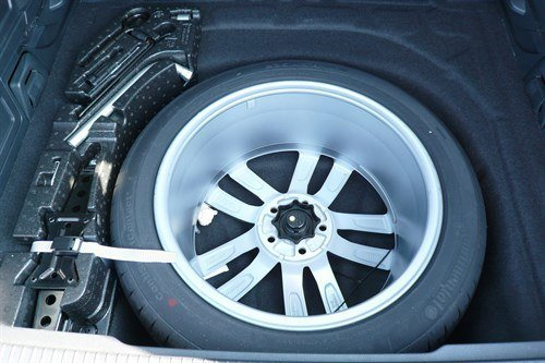 VW Passat GT 4MOTION 2015 Spare Wheel (1)