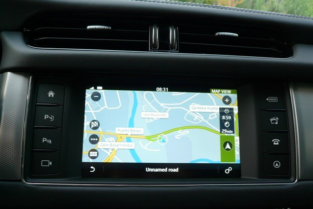 Jaguar XF 2015 Satnav Screen