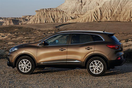 Renault Kadjar Side Brown Desert (1)