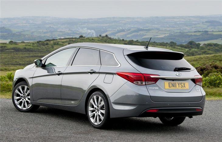 Hyundai i40 Tourer 2011 - Car Review | Honest John