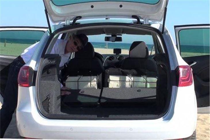 seat ibiza st facelift 2012 road test road tests honest john. Black Bedroom Furniture Sets. Home Design Ideas