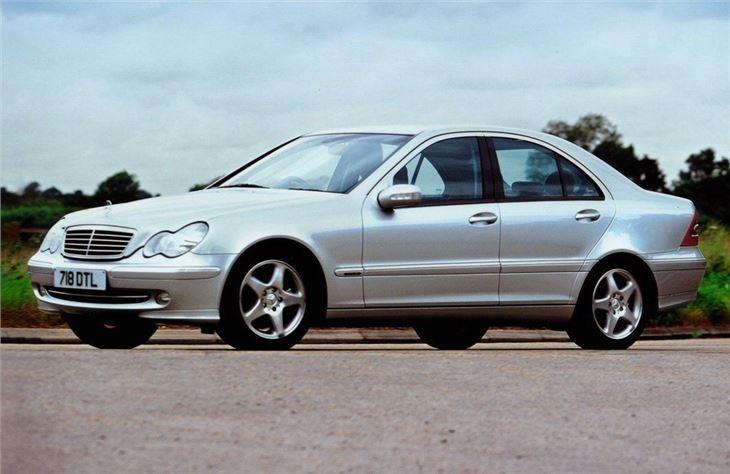 Mercedes benz c class w203 2000 car review honest john for Mercedes benz 700 series price