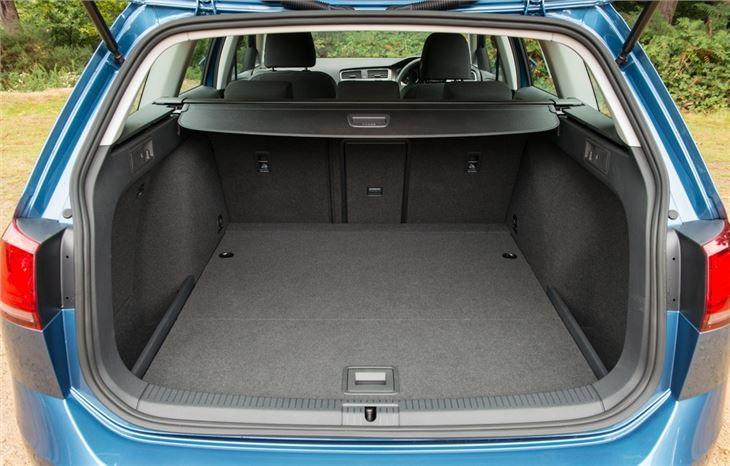 volkswagen golf vii estate 2013 car review honest john. Black Bedroom Furniture Sets. Home Design Ideas
