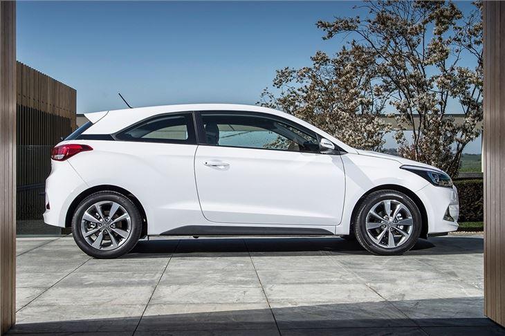 Hyundai i20 Coupe 2015 - Car Review   Honest John