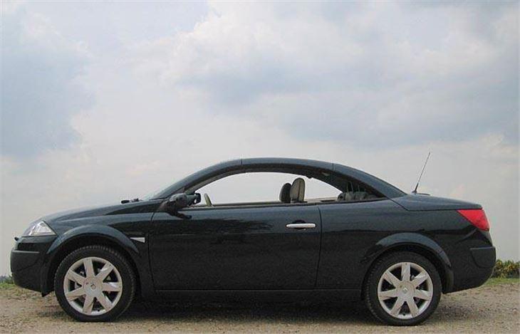 renault megane cc 2006 road test road tests honest john. Black Bedroom Furniture Sets. Home Design Ideas