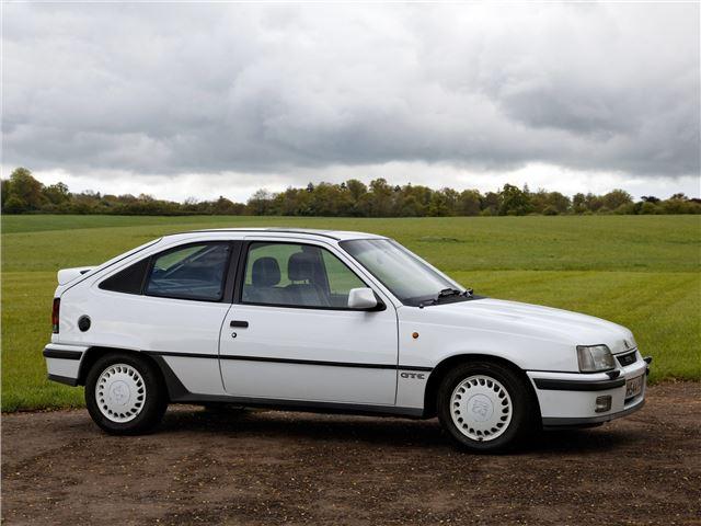Vauxhall Astra Mk2 Gte Gte 16v Classic Car Review Honest John