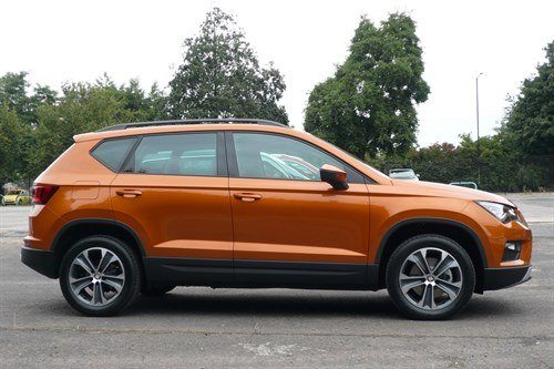 SEAT Ateca Orange Side Carpark