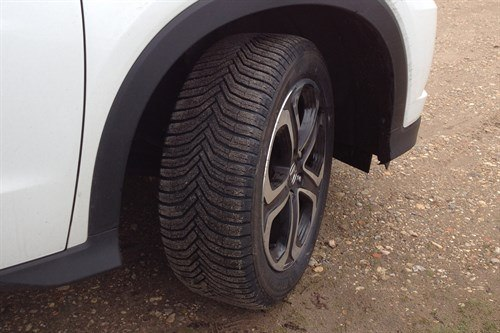 Honda HRV Cross Climate Back Copy