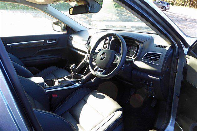 Renault Koleos LT Cockpit Dark