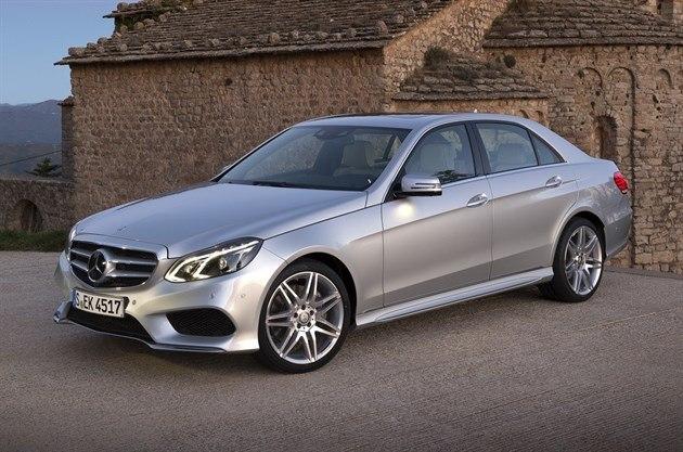 Mercedes-Benz E-Class 2013 Road Test | Road Tests | Honest John